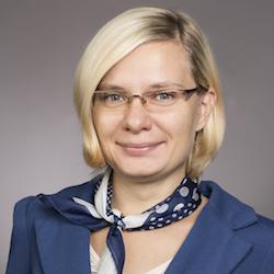 Dr. Anna Mróz